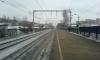 Человек погиб под колесами поезда на станции Удельная