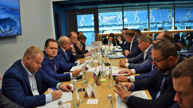 """""""Петербург задает стандарты"""": комиссия УЕФА признала готовность города к Евро-2020"""