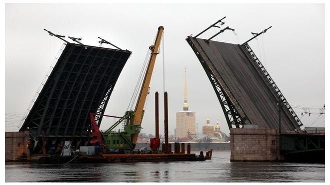 5 и 6 октября проезд в центре Петербурга ограничат