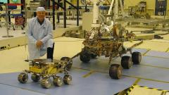 Беспилотник НАСА совершил первый полет на Марсе