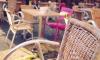 Правительство обсудило проблемы установки летних кафе в Петербурге