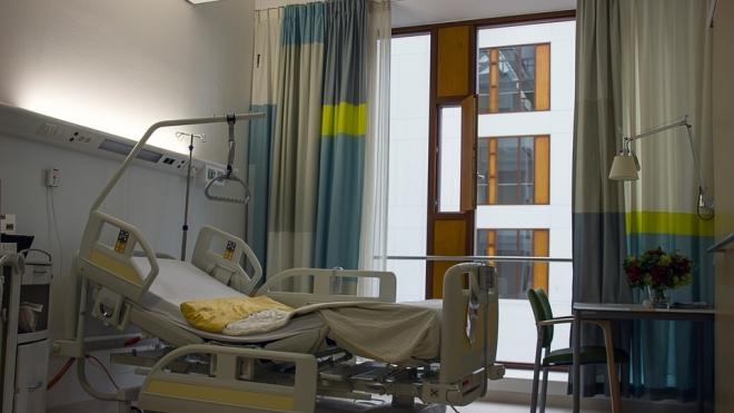 Двухлетняя жертва ДТП с маршруткой скончалась в больнице Петербурга, не выходя из комы