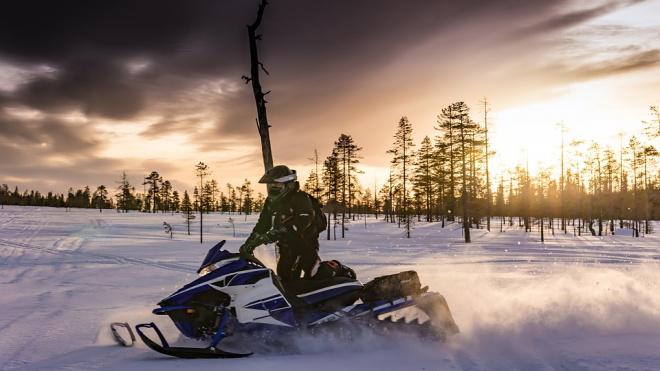 Во Всеволожском районе неизвестный скрылся от патруля на чужом снегоболотоходе