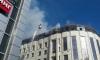 """На Сенной площади загорелся верхний этаж бизнес-центра """"Мир"""""""