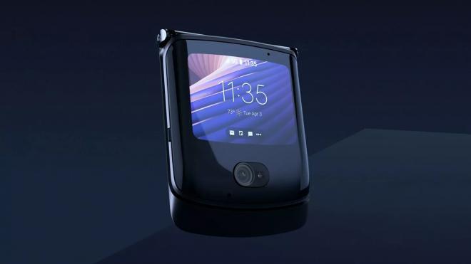 Раскладушку с гибким дисплеем от Motorola оценили в 134 тысячи рублей