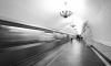 На красной ветке метро в Петербурге нестеснительный эксгибиционист тряс телесами перед детьми