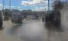 Десятки машин сварились в кипятке из-за прорыва на Краснопутиловской