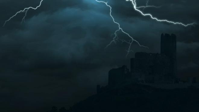 Ливни, грозы и ураганный ветер испортят петербуржцам уик-энд