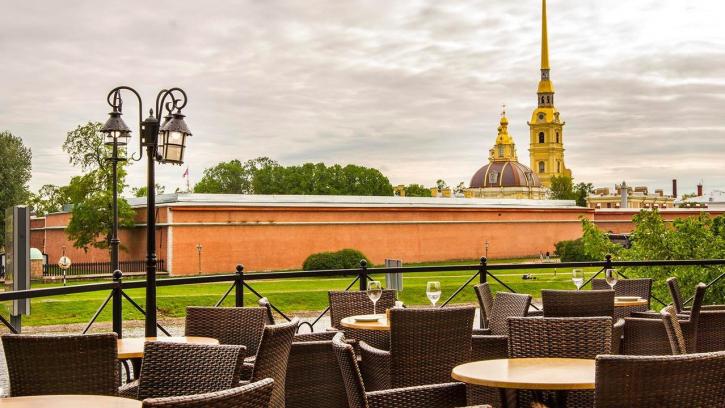 В Петербурге за состояние улиц у зданий будут отвечать предприниматели