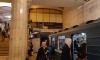 Петербуржцы сообщили о задержке поездов на красной ветке метро