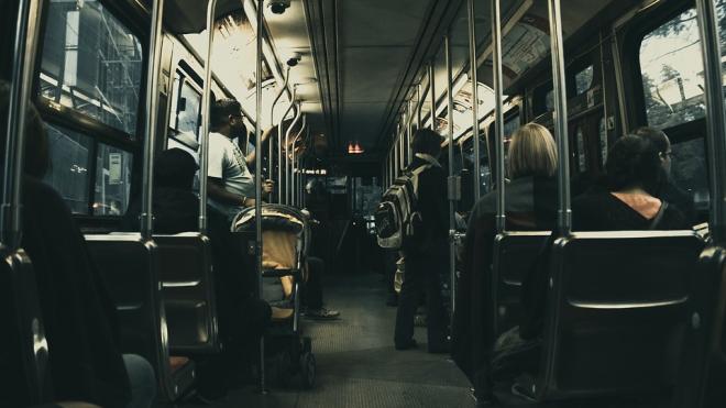 """В Петербурге ночью с 20 на 21 мая пустят автобусы для посетителей """"Ночи музеев"""""""