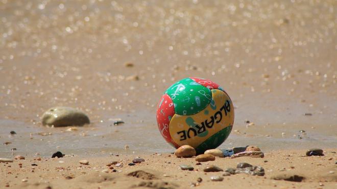 В городе на Неве пройдет финал студенческой лиги по пляжному футболу