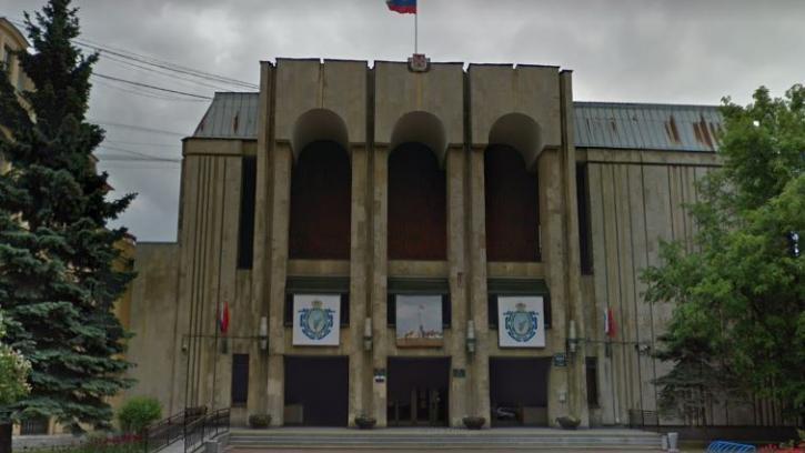 Жилкомсервис № 2 Петроградского района требует взыскать более 600 тыс. рублей с местной Администрации