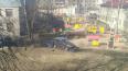 Иномарка въехала в забор детского сада на Новоизмайловском ...