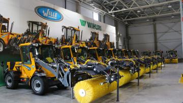 Петербургский завод представил новые уборочные машины Wille