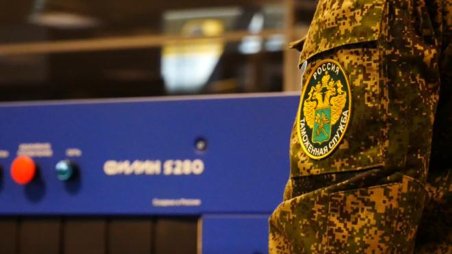 В Петербурге финнов приговорили к пяти годам лишения свободы за травмирование таможенника