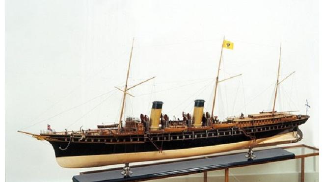 Сергей Шойгу передал Петербургу два севастопольских музея