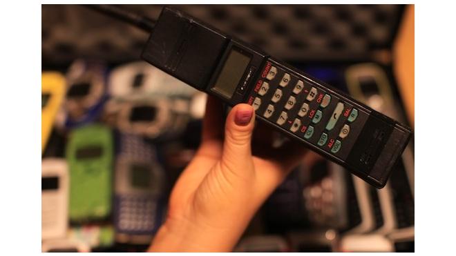 Финны отмечают 20-летний юбилей первого звонка по мобильному телефону стандарта GSM