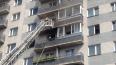 На проспекте Славы из горящей квартиры спасли мужчину