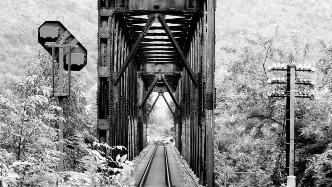 В Чувашии погиб фотограф, упав с моста