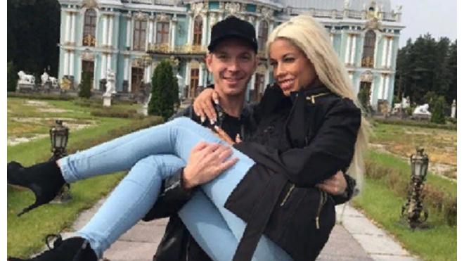 """Петербуржец Алексей Маетный выиграл восьмой """"Порно-Оскар"""""""