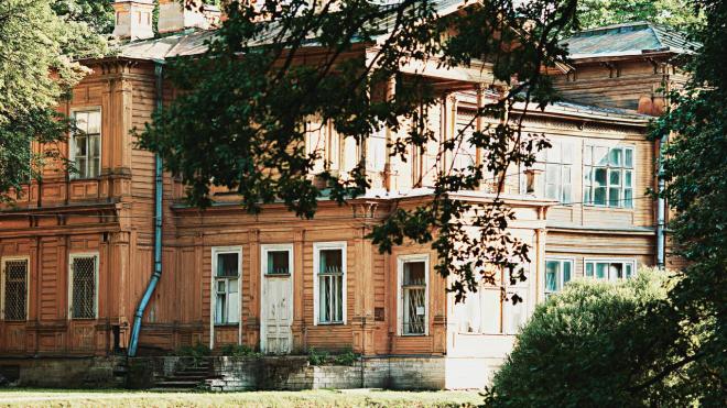 В 2019 году завершится реставрация на дачах Евгении Гаусвальд и Василия Громова