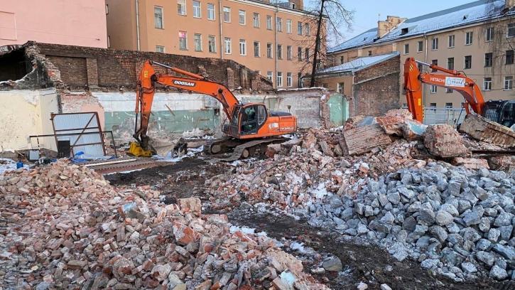 Активистам Центрального района удалось остановить снос исторических зданий на Бакунина, 33