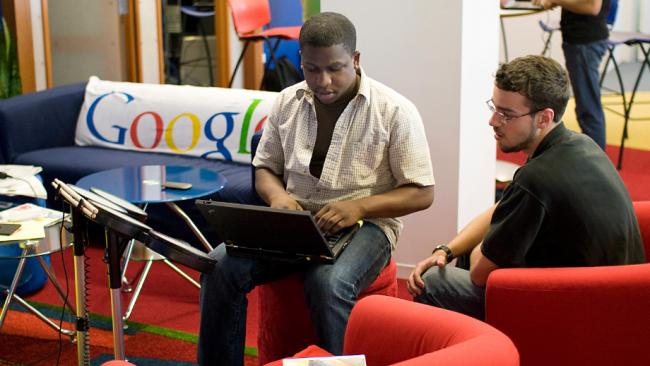 Google после слияния с Motorola назначит в компании своего директора
