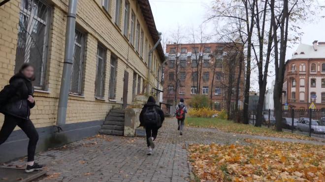 Число ушедших на карантин российских школ увеличилось до 37