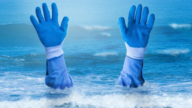 В Колпино ребенок отправился купаться в одиночку и чуть не утонул