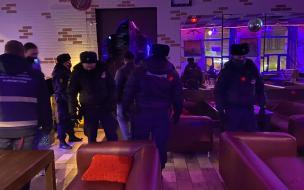 В Петербурге проверили, как бары исполняют запрет на работу ночью