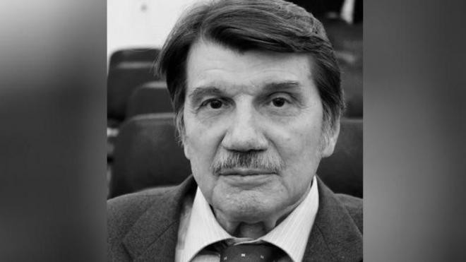 Ушёл из жизни преподаватель журфака СПбГУ Владимир Осинский