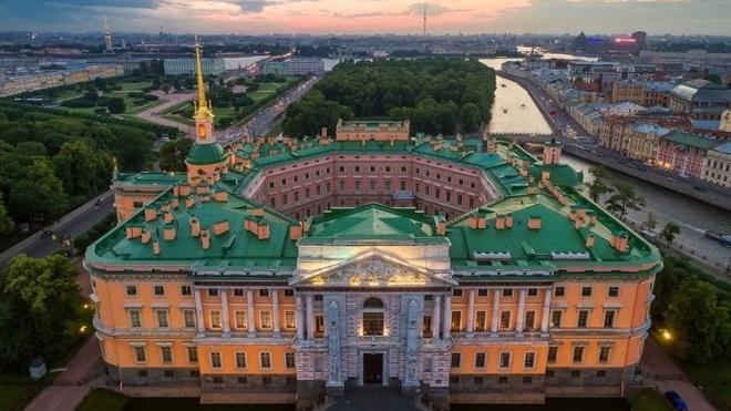 Мединский пообещал полностью восстановить Михайловский замок за 3 года