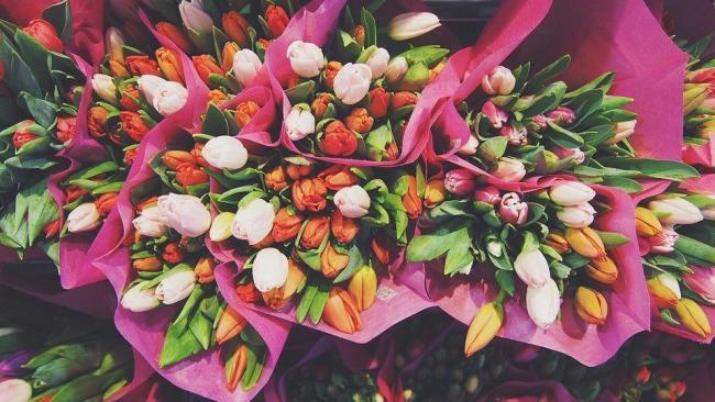 В Петербурге подорожали цветы к 8 Марта