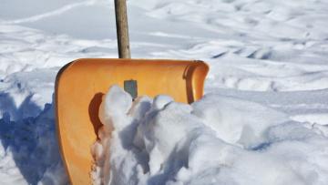 В Смольном пообещали убрать снег с улиц Петербурга ...