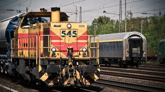 В Волгоградкой области 16-летнетнего подростка убило током на крыше поезда