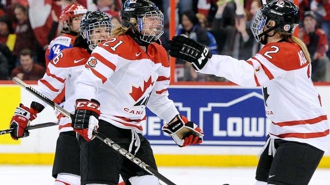Сборная России по хоккею в полуфинале уступила Канаде 1:8