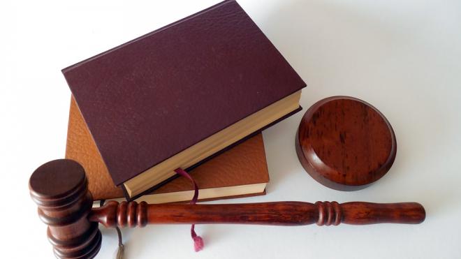 Петербуржца осудили на 7 лет в колонии за убийство незнакомца на остановке