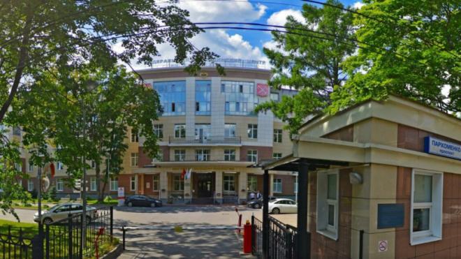 Центр им. Алмазова начал прием петербуржцев с коронавирусом