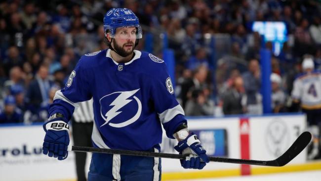 Кучеров пропустит регулярный сезон НХЛ из-за операции на бедре