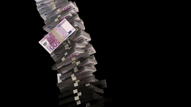 В Петербурге задолженность по зарплате составила 271 млн рублей