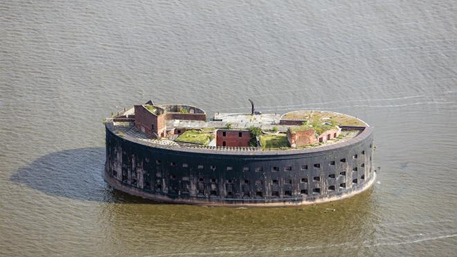 У кронштадтских фортов на дне Финского залива нашли двухвековые кирпичи