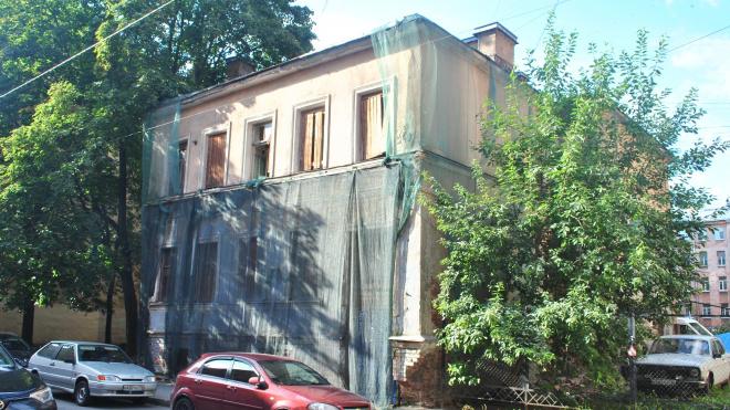 Градозащитники отстояли дом №10 на Ропшинской улице