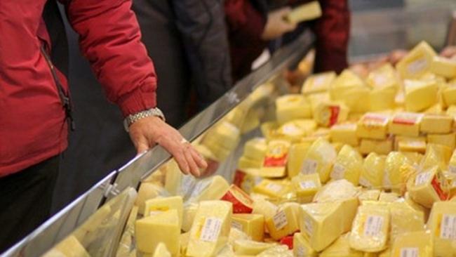 Роспотребнадзор остановил поставки украинского сыра в Крым