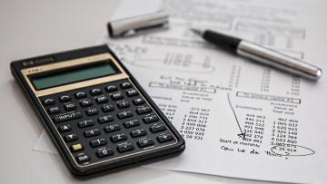 В летних квитанциях петербуржцы смогут узнать, сколько денег сэкономили за счет снижения тарифов ЖКХ