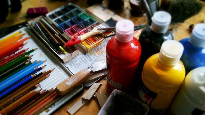 Петербургский завод по производству красок задолжал миллион рублей за аренду