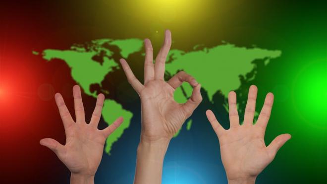 В Петербурге введут знак отличия для волонтеров