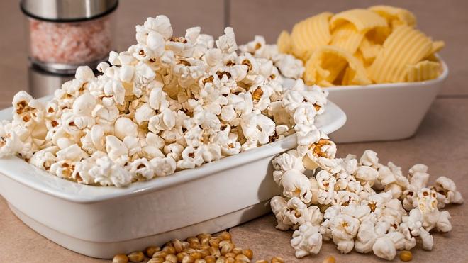 В Петербург не пустили 150 тонн зараженной кукурузы для попкорна из ЮАР