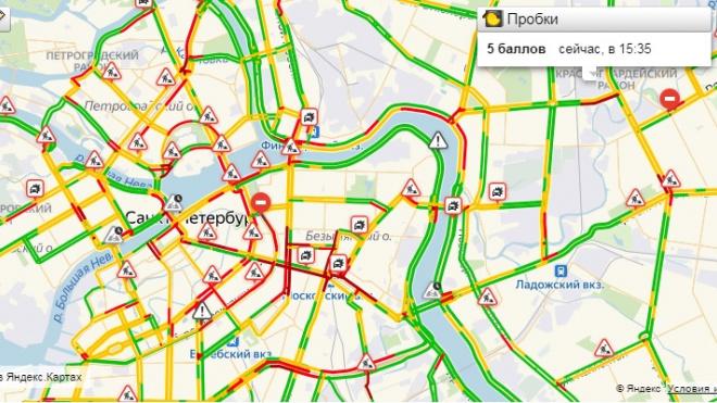 Центр Петербурга встал в пробки из-за приезда Путина и Лукашенко