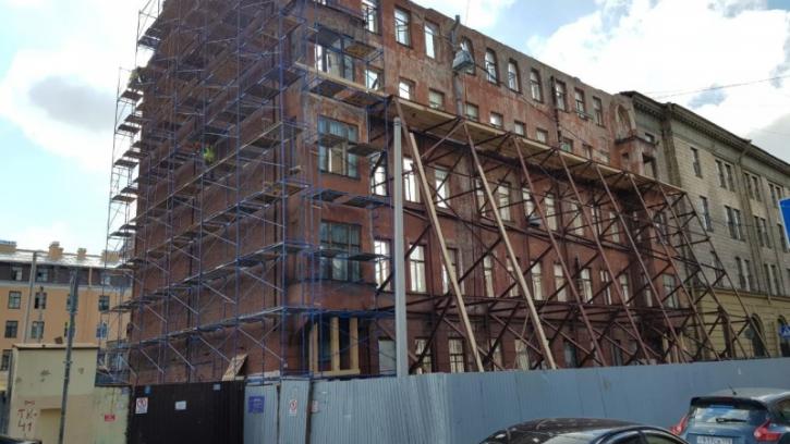 В Петербурге началась масштабная реставрация дома Кирилловской улице